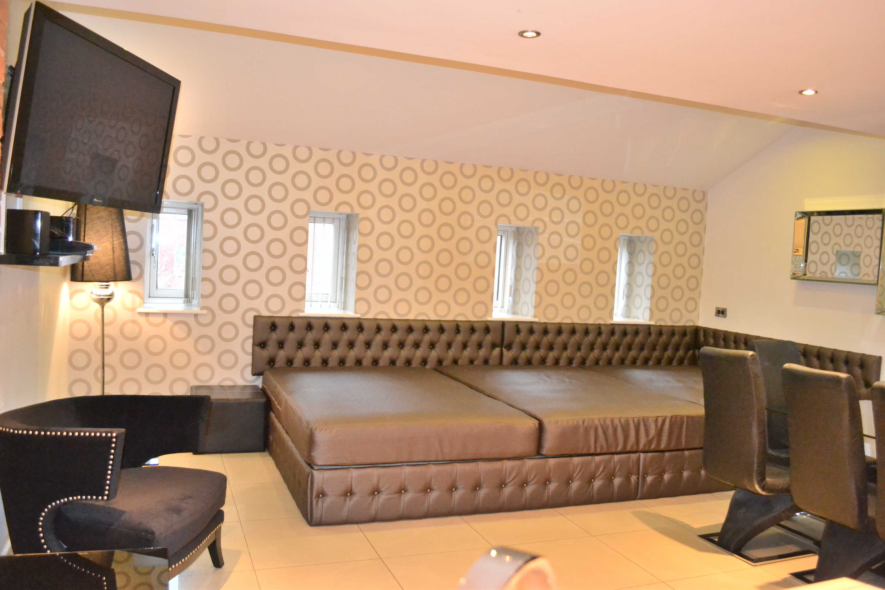 Group Accommodation In Matthew Street Signature Living