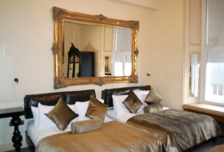 New York Sleeping 11 5 Liverpool Hotel Signature Living
