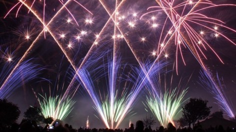 Fireworks-southport-2-472x264