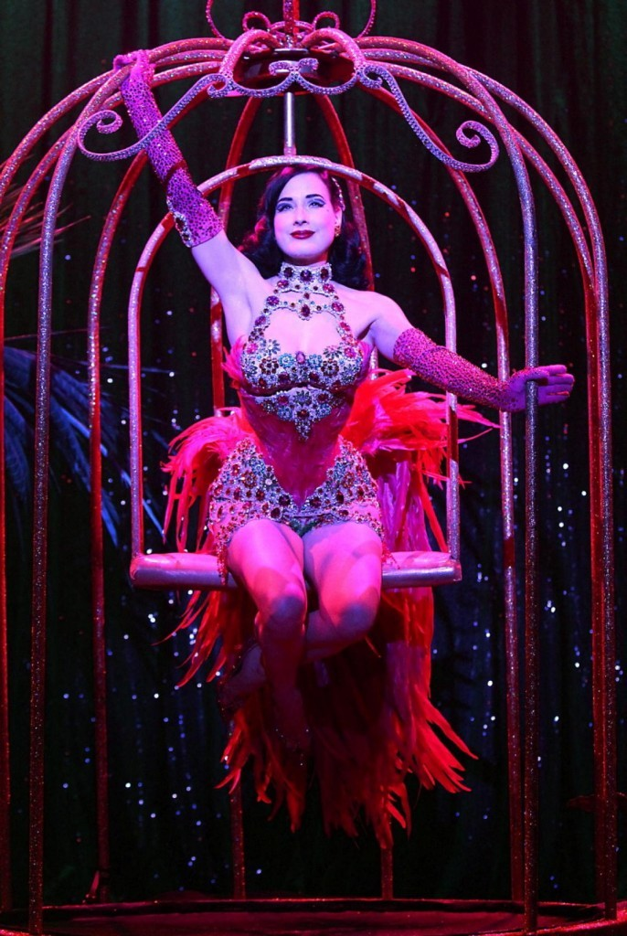 dita-von-teese-performs-burlesque-strip-strip-hooray-show