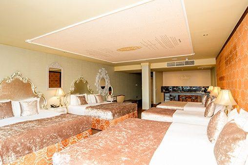 Belini suite - Prohibition floor at Signature Living
