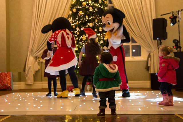 Chrismtas party for kids in care - Signature Living 2016