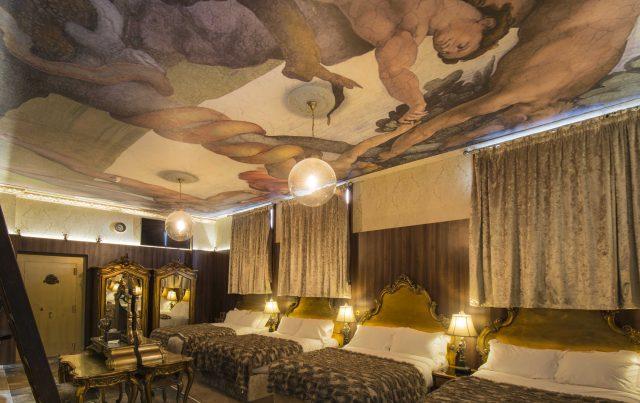 Morgans Vault - Liverpool hotel pool parties