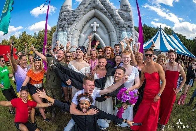 Creamfields 2017 - Inflatable church