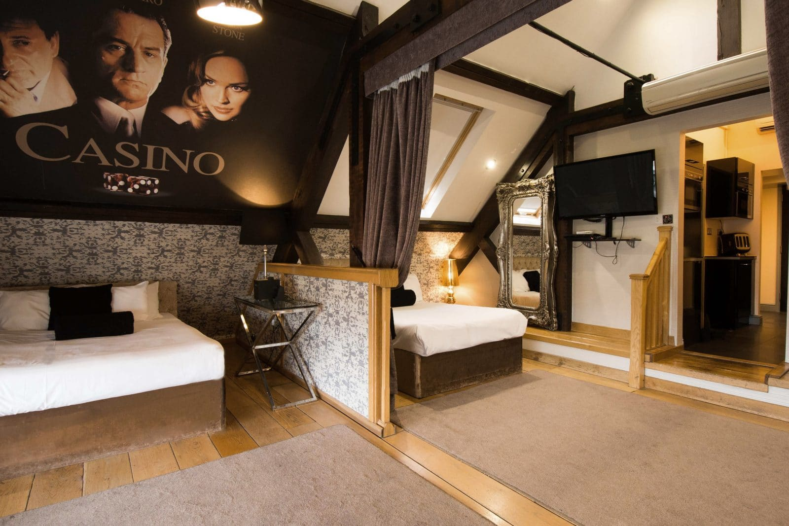 Casino Penthouse Signature Living - best places to stay in Liverpool