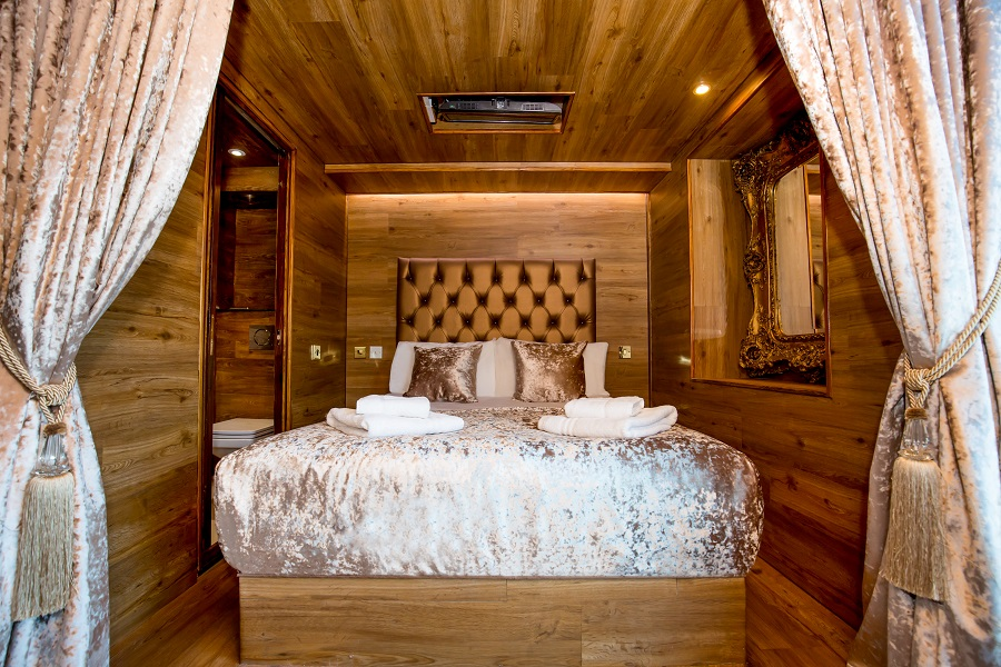 LP Pool room cabin