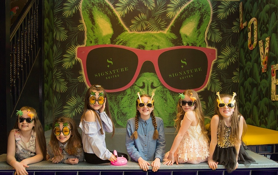 Kids party venues in Liverpool - Flamingo suite