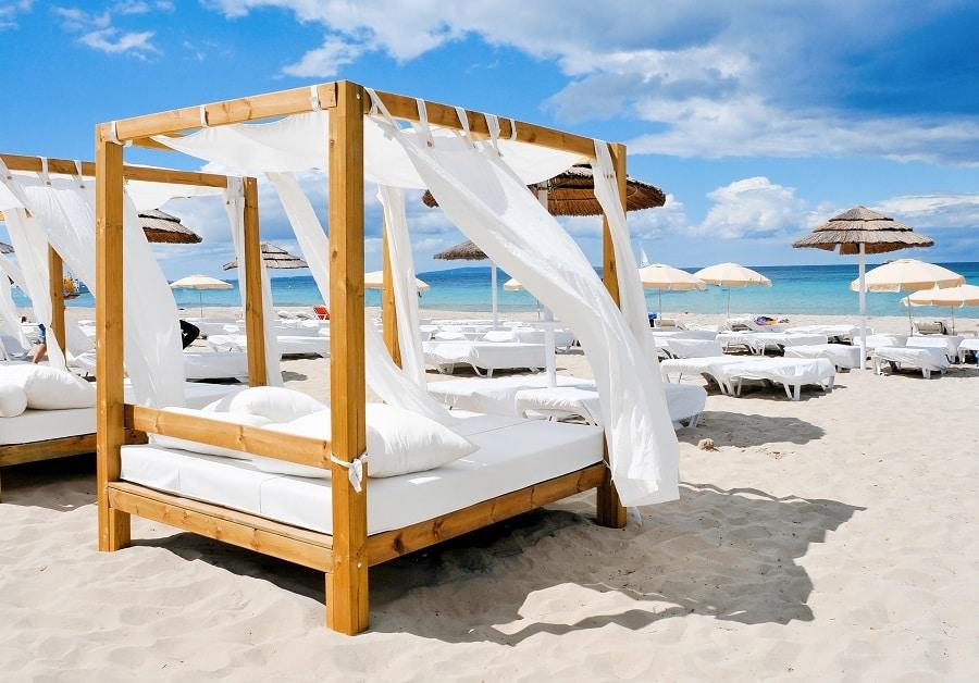 Secret Beach Ibiza - Signature Living beach club