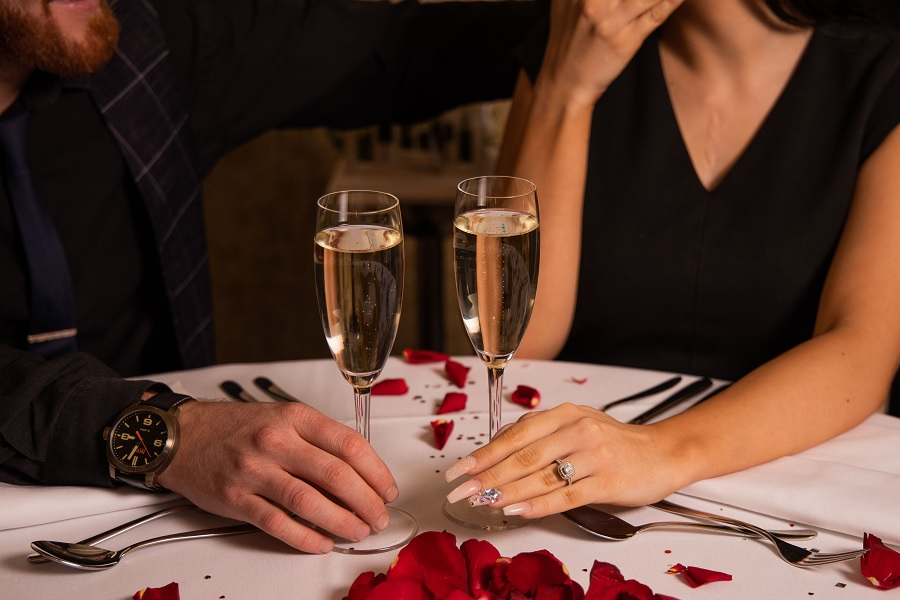 Proposal dinner dates in Liverpool